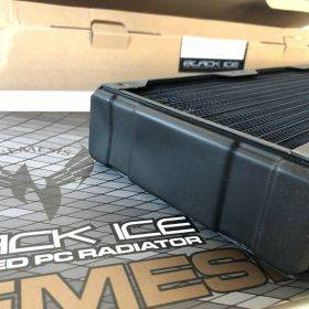 Black Ice Nemesis GTX 420 Radiator - Black *B-Grade*